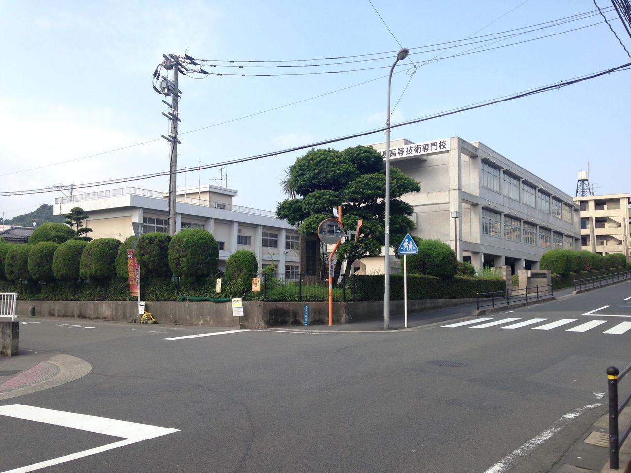 旧 草牟田小学校に行ってみた : ...