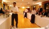 仲間との食事会、横浜YCAC