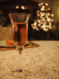 champagne-2876137_640