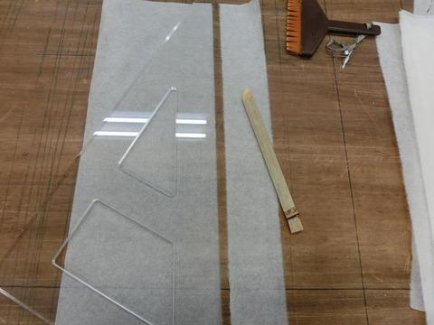 日本画家・柳樂晃里1908204水で線を引く