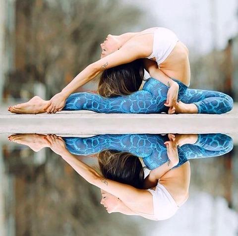 sexy_yoga_8687-076s