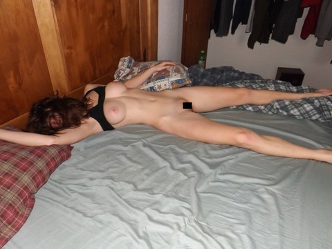 Skinny passed out girls pics 11