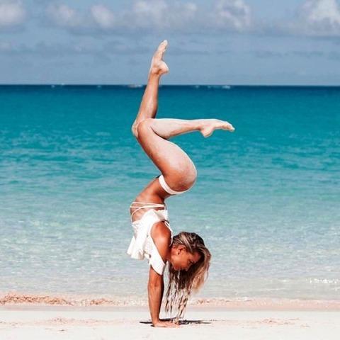 sexy_yoga_8687-057s