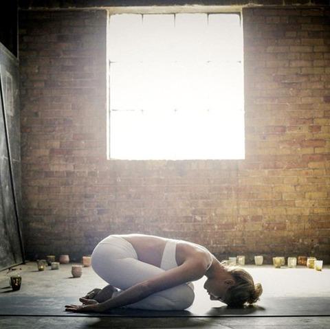 sexy_yoga_8687-073s