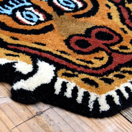 tibetan-tiger-rug_DTTR-01_M_image_02-2