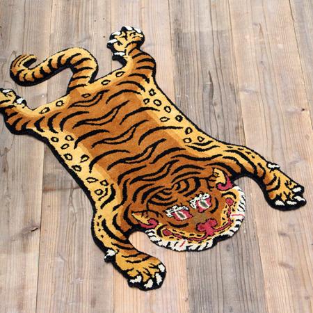 tibetan-tiger-rug_DTTR-02_image_03-4