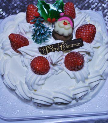 新発田の金子屋老舗さんのクリスマスケーキ