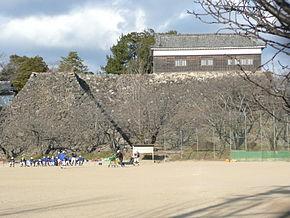 290px-亀山城多聞櫓