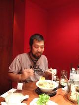 ホテルの2階にある和民…で。和民に初めて行ったエディは大喜びでした。