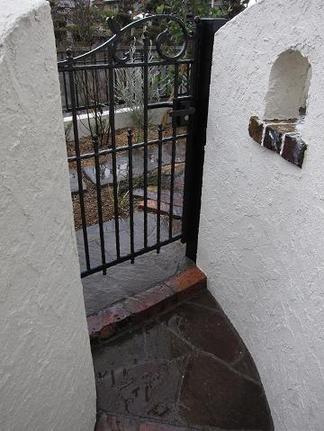 アルミ鋳物門扉