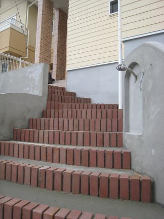 階段を眺めて