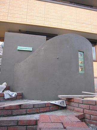 ポスト側の門柱