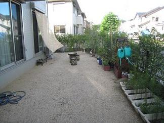 ビフォー「施工前のお庭」