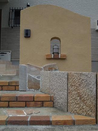 塗壁門柱の景色