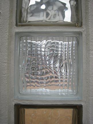 ガラスブロックの造形