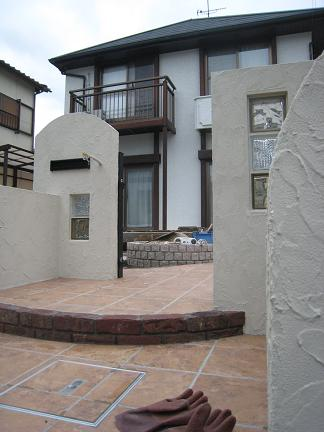 門柱の塗壁仕上げ完了