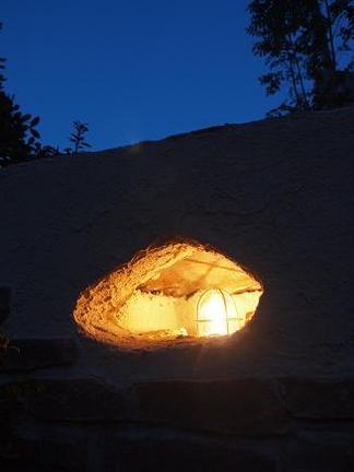 洞窟の中のマリンライト