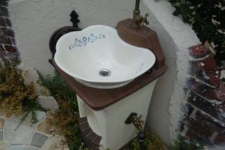 立水栓リリ-