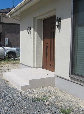 施工前の玄関ポーチ