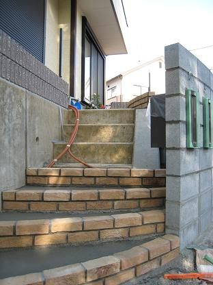階段・・施工中