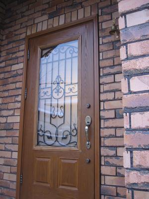 風我里の玄関ドア