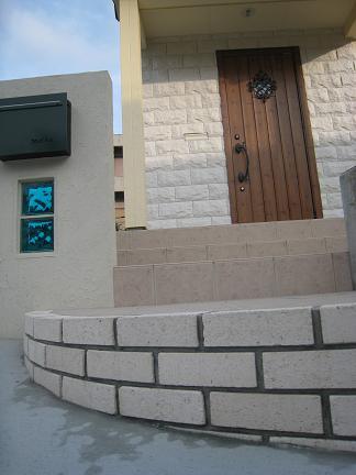 ホワイトレンガの階段