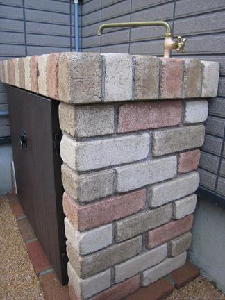 ガーデンシンクの側面