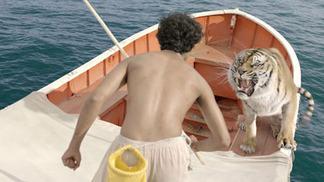 トラと漂流した227日