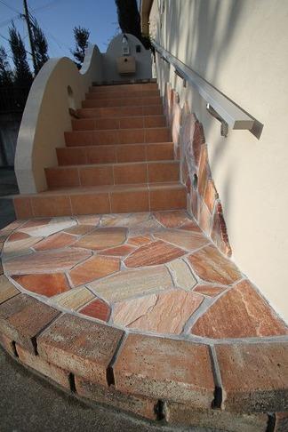 レンガ造りの階段