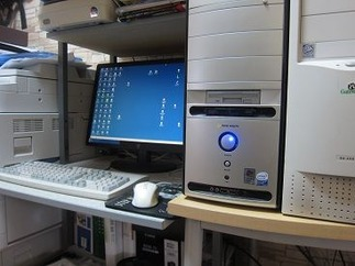 パソコン機器