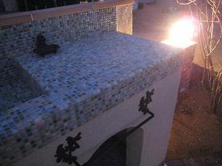 ガーデンキッチン脇の灯り