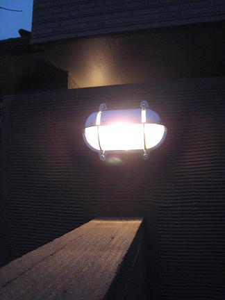 照明の灯り