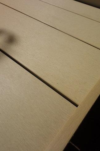 人工樹脂木デッキ