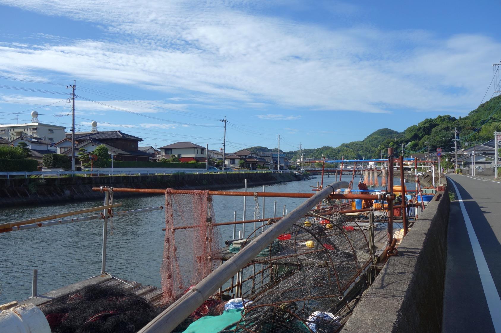 河口の漁村2(撮影:中野龍三)。