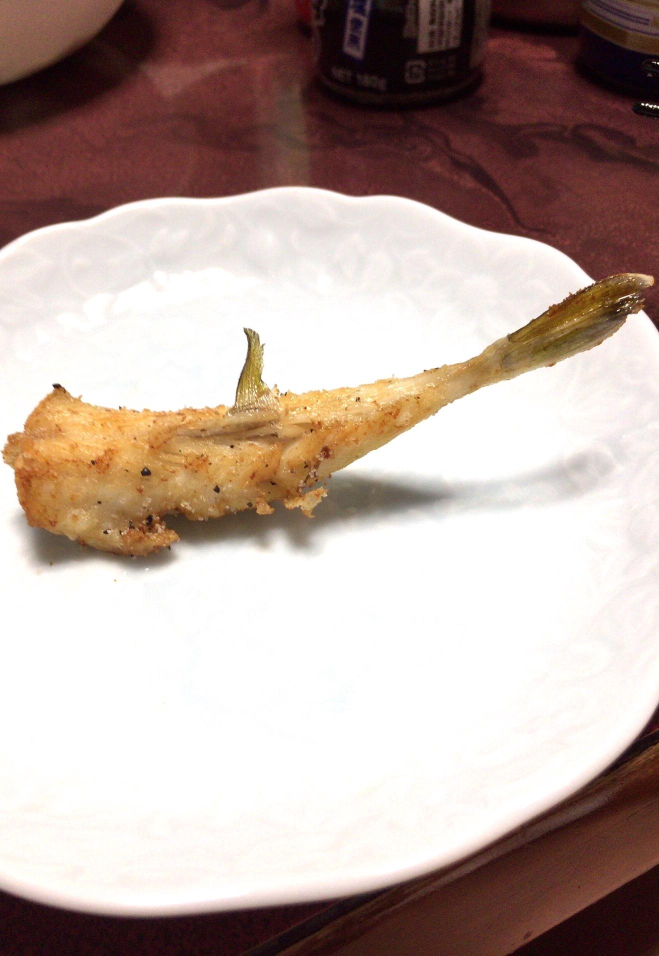 キンプグの唐揚げはシッカリとした旨味と引き締まった歯応え(撮影:中野龍三)。