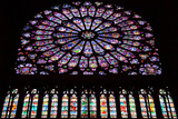 パリ:ノートルダム寺院のステンドグラス