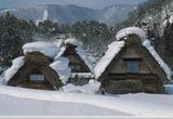 雪の白川郷の建築