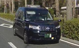 トヨタ新型タクシー車両(拡大)_R
