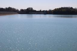 20200211X5s125多摩湖.JPG