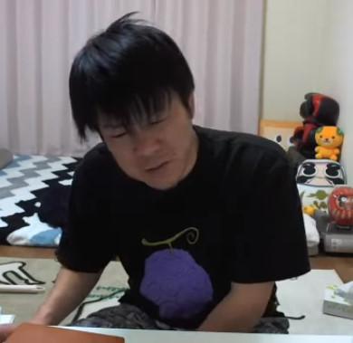 金バエ (3)