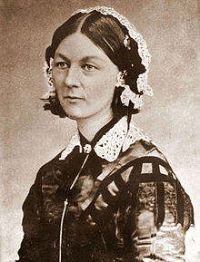 220px-Florence_Nightingale_CDV_by_H_Lenthall