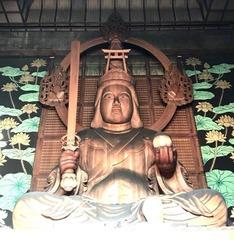 世界最大木造・大弁財天