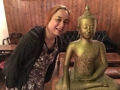 仏陀の元で仕事する