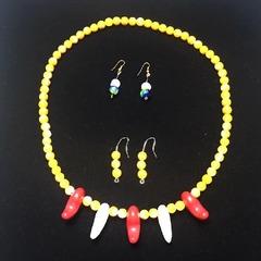 珊瑚とパールの太陽ネックレス
