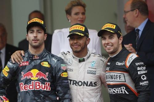 2016MON_podium