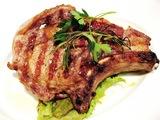 骨付き豚ロース肉の炭火焼¥1400