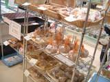 有機素材のお菓子がたくさん♪もうお腹空いた・・・