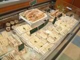 調理パンコーナーは定番から新商品までたくさん!