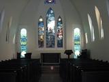 もしかして・・ここは撮影禁止ゾーンかも・・・。ルイスティファニー作☆素晴らしいステンドグラスの教会