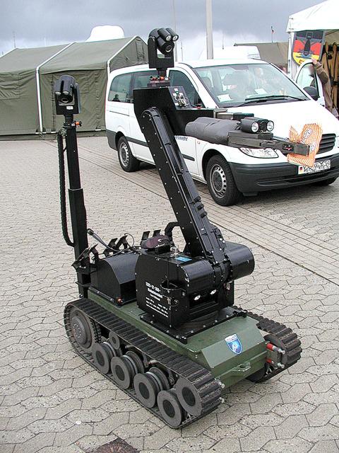 Bundeswehr_manipulator_04